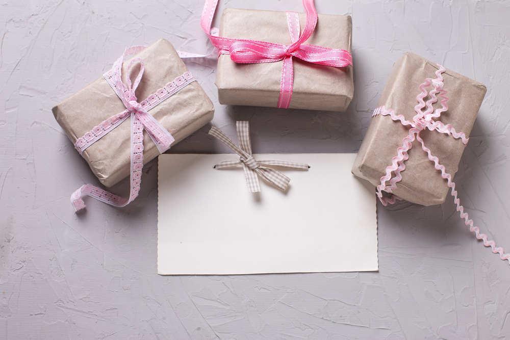 Cómo hacer buenos regalos a los invitados de tu boda sin quemar el presupuesto